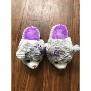 Other - Girls Slippers | Size M (13-1)